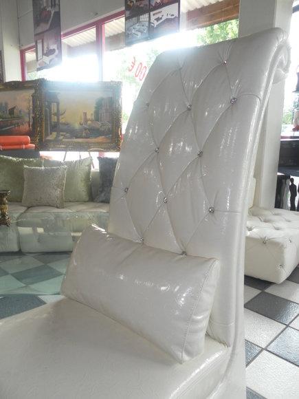 Design Sessel Stuhl Club VIP Thron Lounge Sofa Couch mit Kristallen Kissen Neu A922B